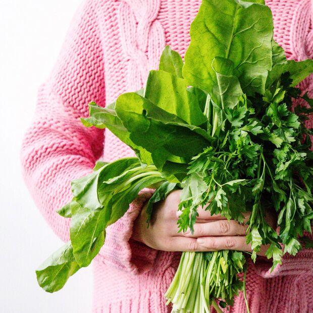 Viel grünes Gemüse bringt dich schnell wieder in Balance