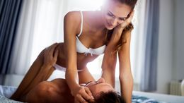 Was seine liebste Sexstellung über ihn verrät