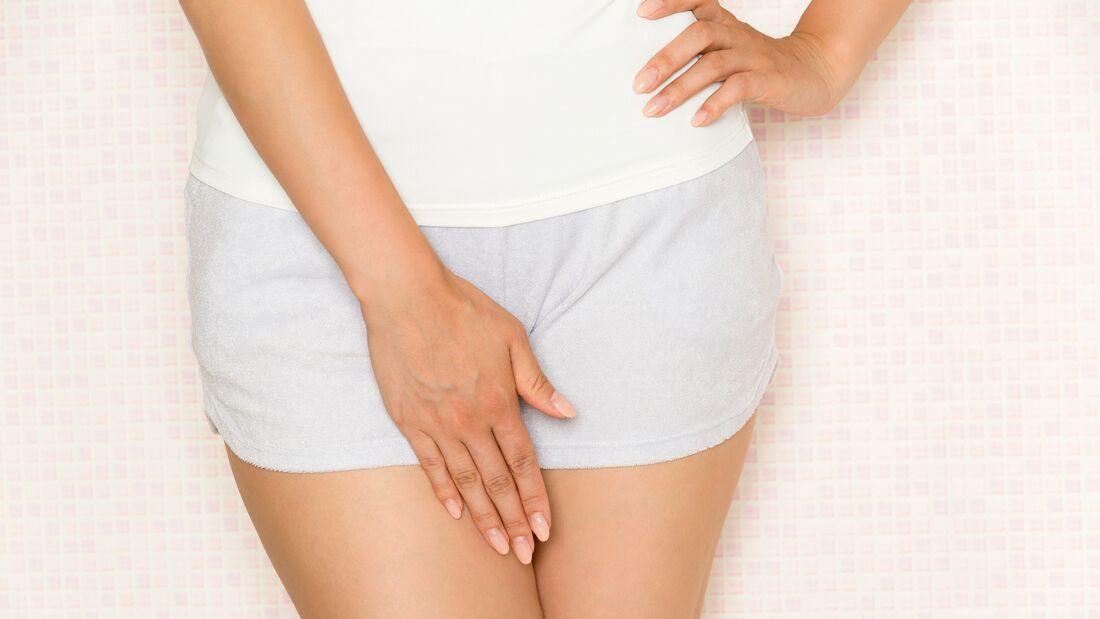 Wenn die Scheide unangenehm riecht, steckt meist eine bakterielle Infektion dahinter.