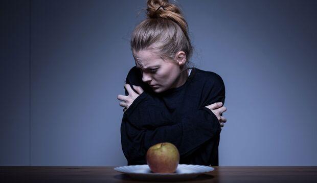 Wenn essen zum Problem wird, solltest du dringend eine Beratungsstelle für Essstörungen kontaktieren