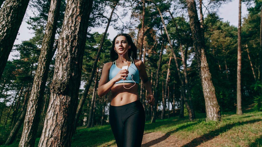 Wochenendtipp: Morgens im Wald joggen
