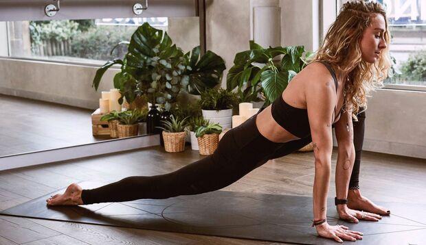 Yoga-Übungen Asanas Anfänger Einsteiger
