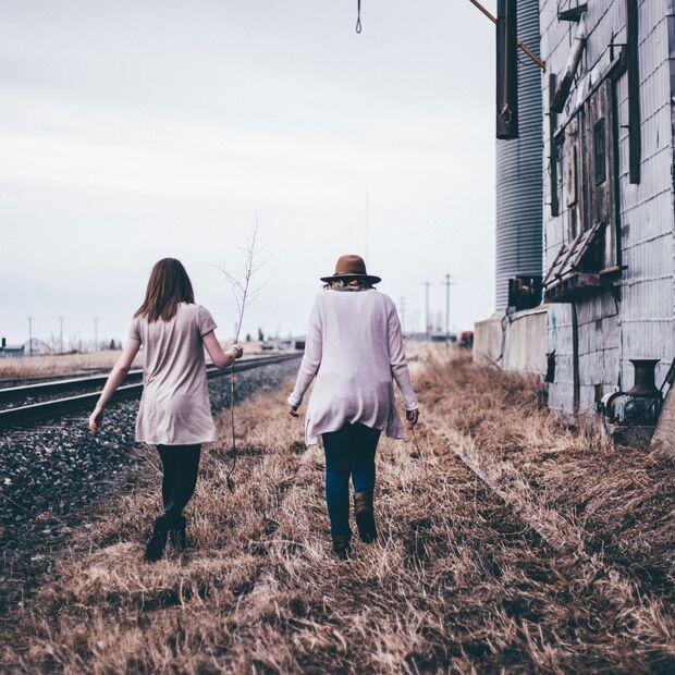 Zeit mit der besten Freundin ist ein echter Glücks-Booster