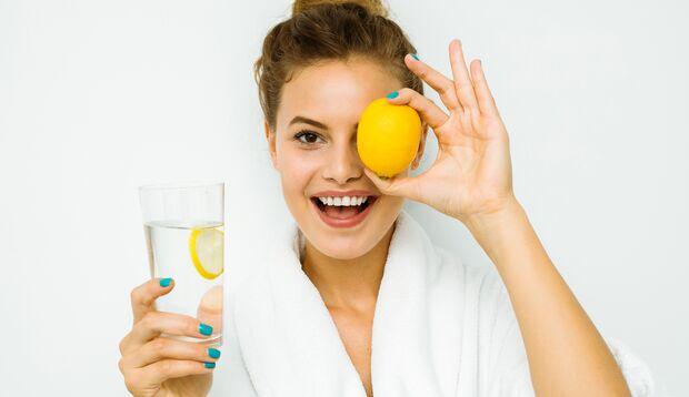 Zitronenwasser macht glücklich