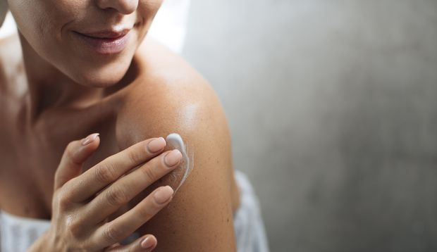 Zitronenwasser schützt deine Haut vor Umwelteinflüssen