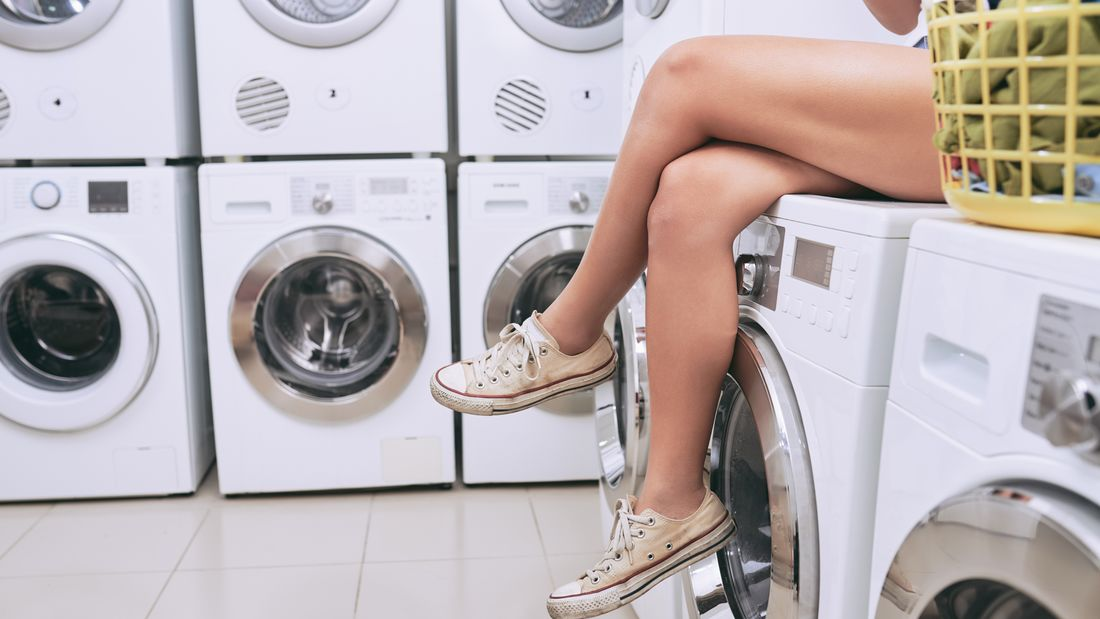 Tipps wie Sie Sportsachen richtig waschen | Women's Health