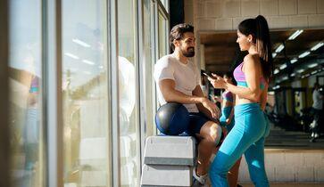 fitnessstudio männer kennenlernen)